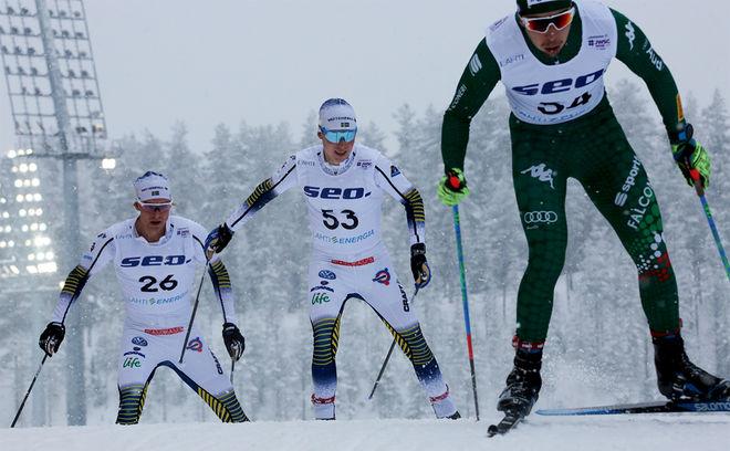 DOM SVENSKA HERRARNA kom rejält på efterkälken i onsdagens 15 km på U23-VM i Lahtis. Här är det Fredrik Andersson och Marcus Grate som försöker haka på med italienaren Paolo Ventura. Foto/rights: KJELL-ERIK KRISTIANSEN/kekstock.com