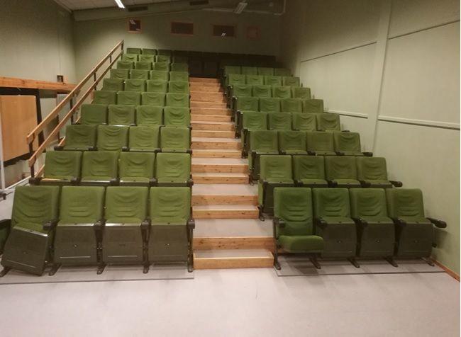 Kinosalen gamle stoler