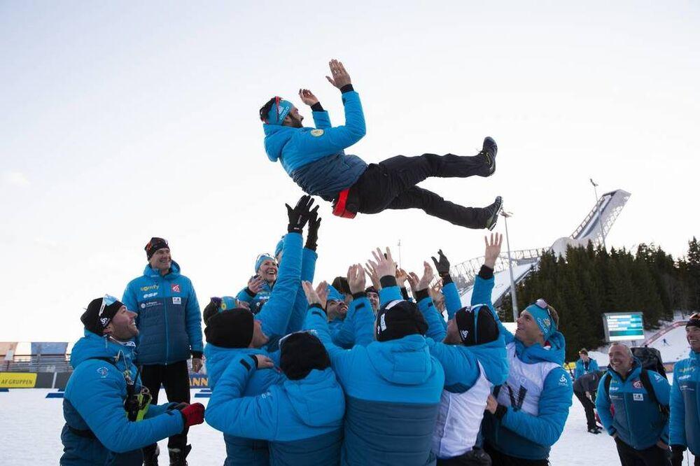 23.03.2019, Oslo, Norway (NOR):Simon Fourcade (FRA), Martin Fourcade (FRA), Emilien Jacquelin (FRA), Fabien Claude (FRA), Simon Desthieux (FRA), Antonin Guigonnat (FRA), Justine Braisaz (FRA), Celia Aymonier (FRA), Fabrizio Curtaz (ITA) coach Team Italy,