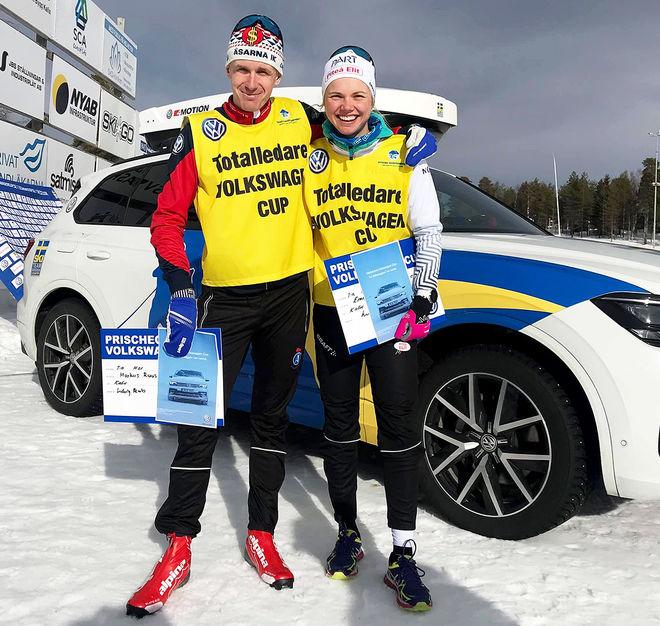 MARCUS RUUS, Åsarna (tv) och Emma Ribom, Piteå Elit vann säsongens Volkswagen Cup totalt. Foto: FREDRIK MYHR/Volkswagen