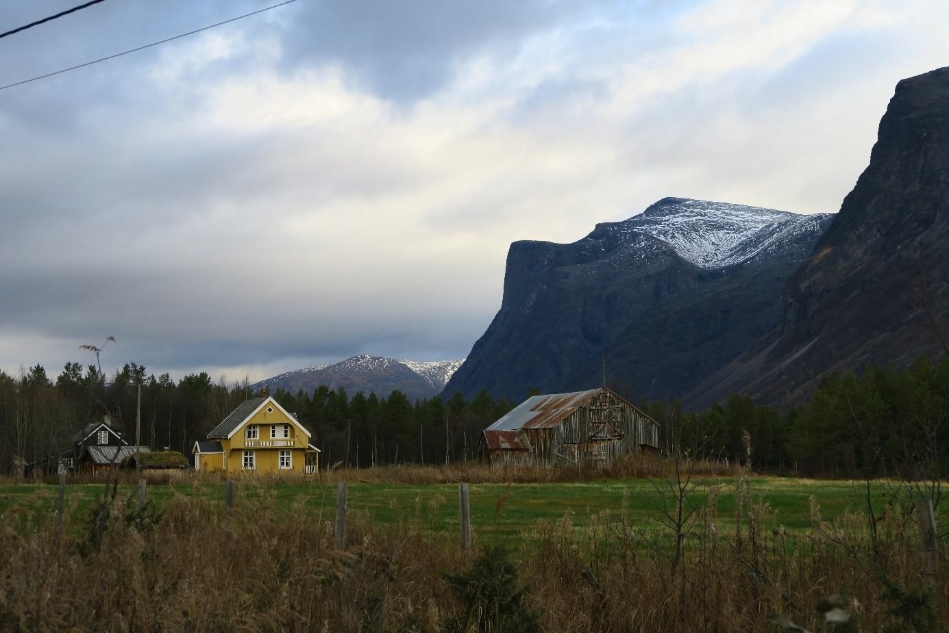 Tørfoss gård.jpg
