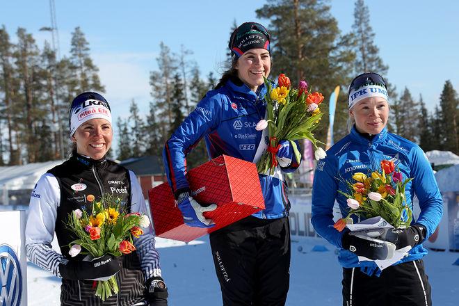 EBBA ANDERSSON (mitten) krossade allt motstånd på SM-tremilen i Gällivare och vann före Charlotte Kalla (tv) och Jonna Sundling. Foto/rights: KJELL-ERIK KRISTIANSEN/kekstock.com