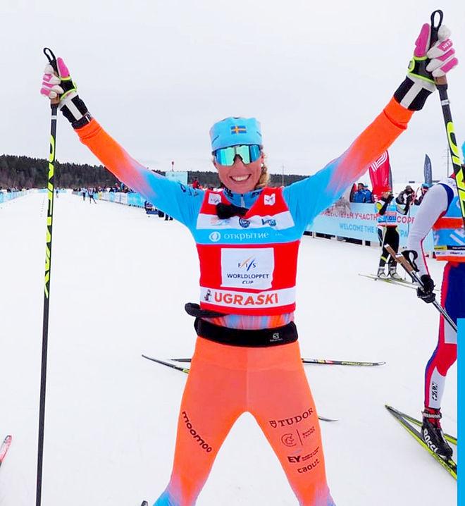 MARIA GRÄFNINGS kunde jubla över totalseger i FIS Worldloppet och också över seger i säsongens final i Khanty-Mansiysk i Ryssland.