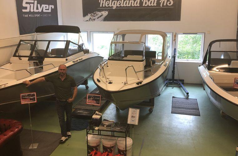 Helgeland båt_Kurt Arild i ustillingslokale