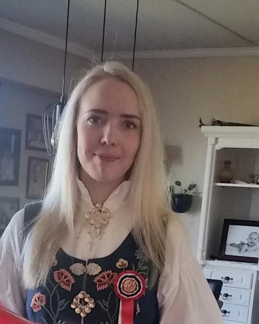FridaMariKarlsen22år