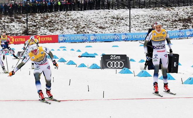 JONNA SUNDLING (tv) slår Stina Nilsson i sprinten under världscupen i Lillehammer i vintras. Värre gick det för arrangören som i princip gick i konkurs. Foto/rights: ROLF ZETTERBERG/kekstock.com