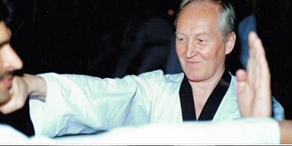 _2__Det_er_med_stor_sorg_at_vi_meddeler_at_Hans____-_Tøyen_Taekwondo_Klubb
