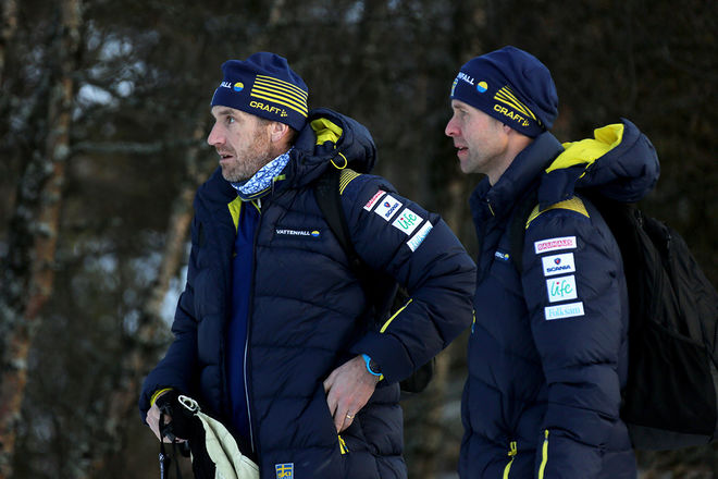 DAMTRÄNARNA Magnus Ingesson (tv) och Stefan Thomson tar med sitt landslag till Sollefteå den här veckan. Foto/rights: KJELL-ERIK KRISTIANSEN/sweski.com