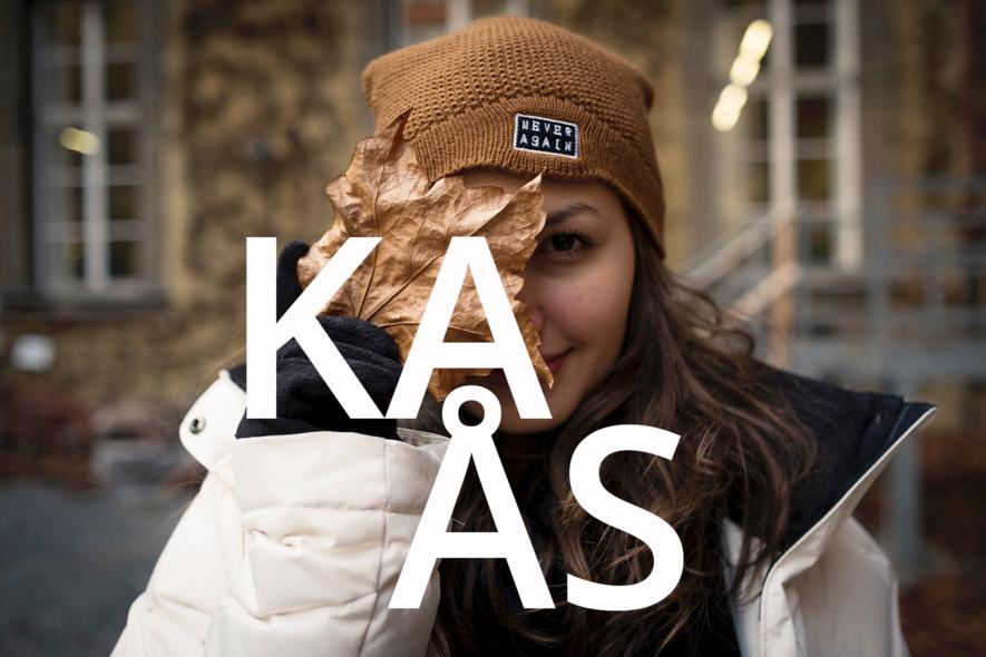 Illustrasjonsfoto med teksten KAÅS