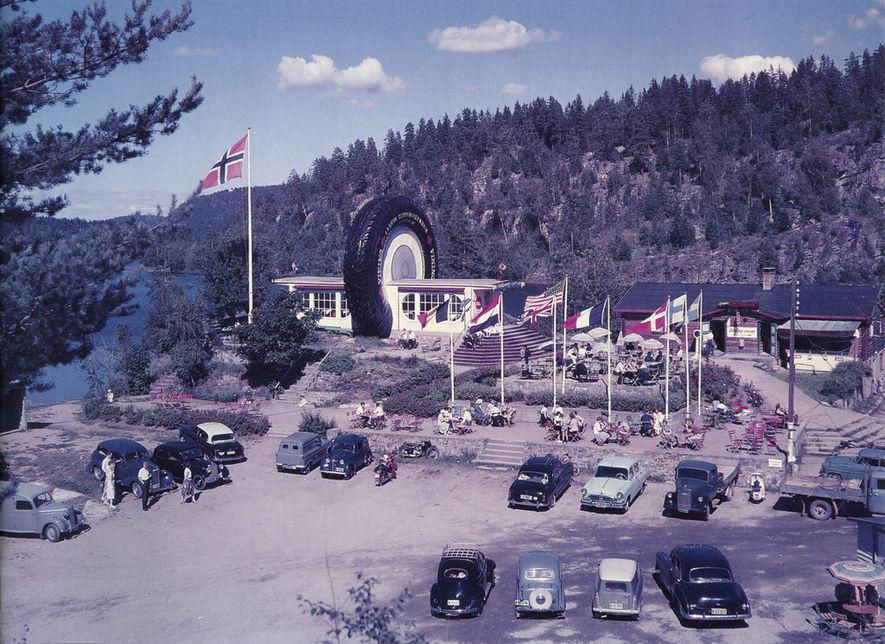 Ringnes i farger, ca. 1960, Oppegård historielags kalender 1996
