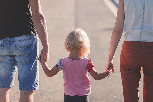 mor, far og barn