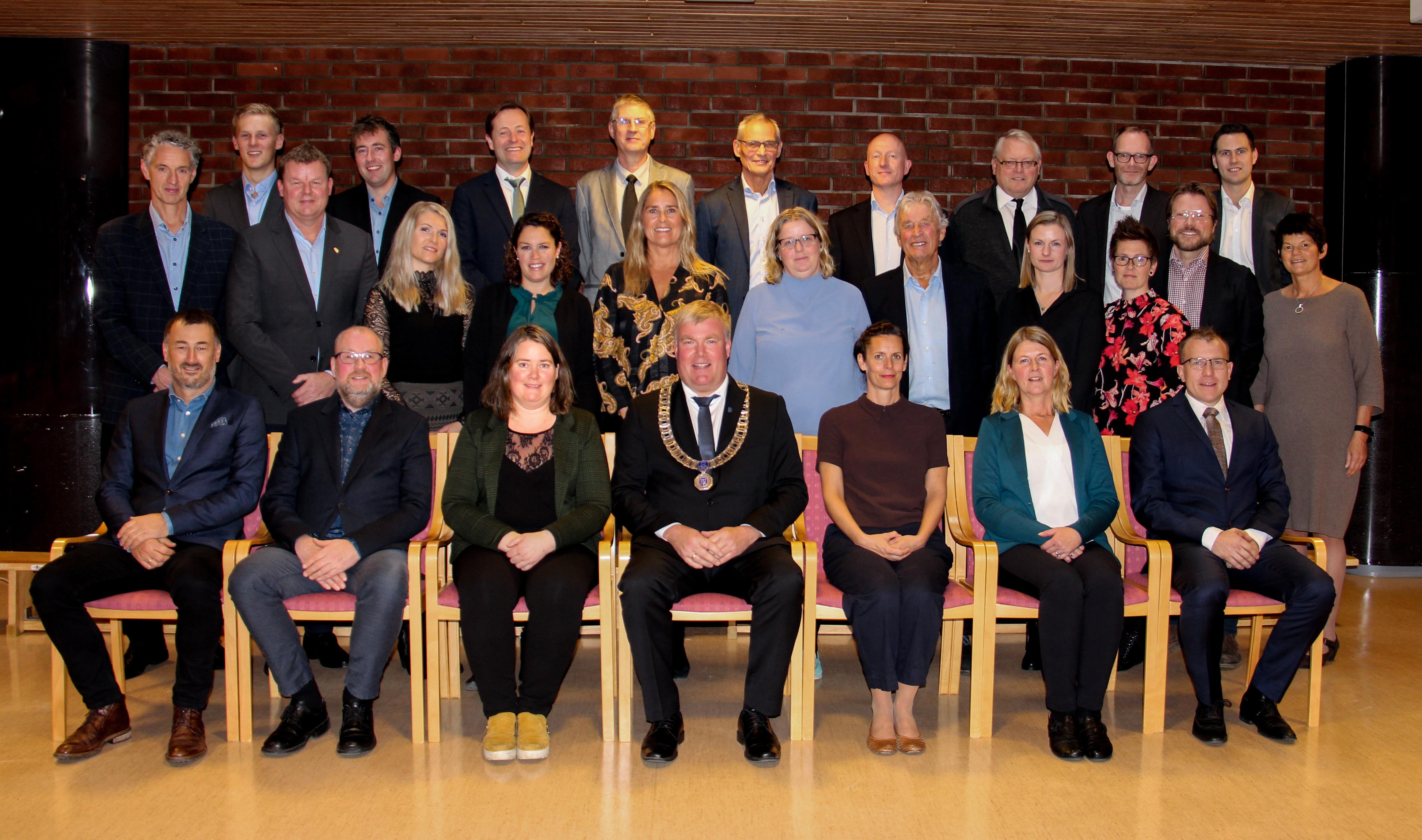 Kommunestyret 2019 - 2023 c.jpg