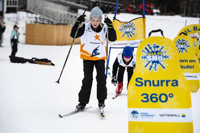 """1.200 SKOLBARN i fjärde klass får chansen att prova på längdåkning i Skidome i Göteborg genom skidförbundets """"Alla på snö"""". Foto: ULF PALM"""