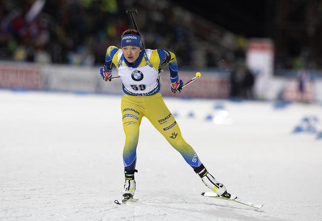 LINN PERSSON på väg mot en stark 5:e plats i världscupsprinten i Östersund under söndagen. Foto: NORDIC FOCUS