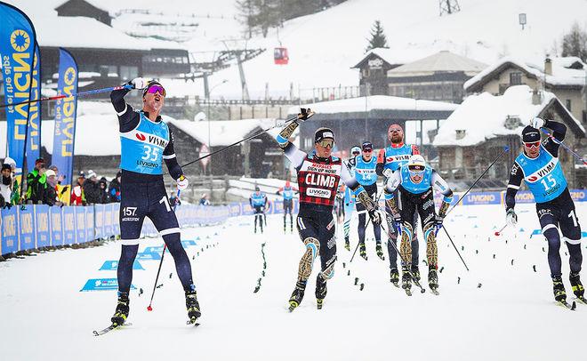 EMIL PERSSON (tv) spurtar in till den första svenska herrsegern i Ski Classics sedan 2014. Vidare tvåan Morten Eide Pedersen, femman Vetle Thyli och fyran Marcus Johansson. Foto: VISMA SKI CLASSICS