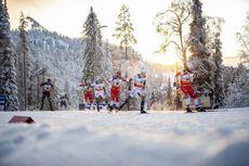 01.12.2019, Ruka, Finland (FIN):Federico Pellegrino (ITA), Calle Halfvarsson (SWE), Alexander Bolshunov (RUS), Martin Johnsrud Sundby (NOR), Jens Burman (SWE), Sjur Roethe (NOR), (l-r)  - FIS world cup cross-country, pursuit men, Ruka (FIN). www.nordicfo