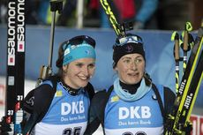 05.12.2019, Oestersund, Sweden, (SWE):Julia Simon (FRA), Justine Braisaz (FRA), (l-r) - IBU world cup biathlon, individual women, Oestersund (SWE). www.nordicfocus.com. © Manzoni/NordicFocus. Every downloaded picture is fee-liable.