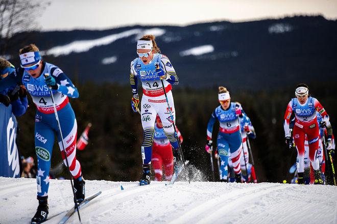 EN SUPERHELG i Lillehammer för Moa Lundgren som förde Sverige till en 3:e plats i VC-stafetten. Här från lördagens skiathlon där hon slutade 9:a.  Foto: NORDIC FOCUS