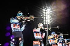 07.12.2019, Oestersund, Sweden, (SWE):Emilien Jacquelin (FRA), Johannes Dale (NOR), Erik Lesser (GER), (l-r) - IBU world cup biathlon, relay men, Oestersund (SWE). www.nordicfocus.com. © Manzoni/NordicFocus. Every downloaded picture is fee-liable.
