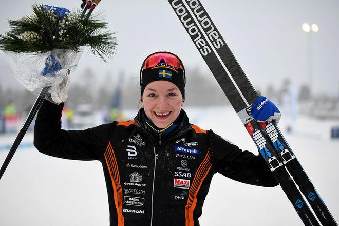 MOA OLSSON imponerade och vann igen i Volkswagen Cup. Hon var överlägsen på hemmaplan i Falun. Foto/rights: ROLF ZETTERBERG/kekstock.com