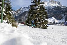 15.12.2019, Hochfilzen, Austria (AUT):Anais Bescond (FRA) - IBU world cup biathlon, pursuit women, Hochfilzen (AUT). www.nordicfocus.com. © Nico Manzoni/NordicFocus. Every downloaded picture is fee-liable.