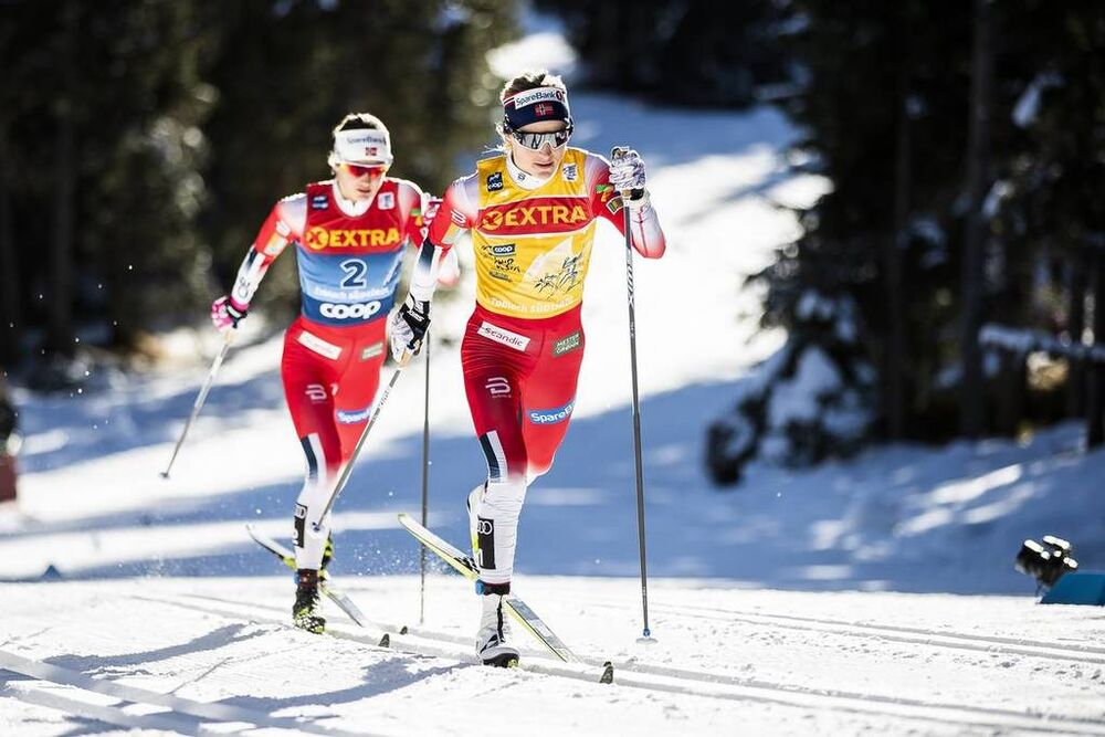 01.01.2020, Toblach, Italy (ITA):Ingvild Flugstad Oestberg (NOR), Therese Johaug (NOR), (l-r)  - FIS world cup cross-country, tour de ski, pursuit women, Toblach (ITA). www.nordicfocus.com. © Modica/NordicFocus. Every downloaded picture is fee-liable.