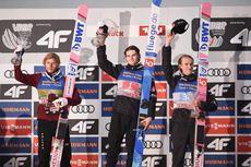 04.01.2020, Innsbruck, Austria (AUT):Marius Lindvik (NOR), Daniel Andre Tande (NOR), Dawid Kubacki (POL) - FIS world cup ski jumping, four hills tournament, individual HS128, Innsbruck (AUT). www.nordicfocus.com. © Tumshov/NordicFocus. Every downloaded