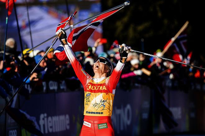 THERESE JOHAUG kunde jubla på toppen av Alpe Cermis, men hon gjorde den avslutande etappen väldigt lite spännande. Foto: NORDIC FOCUS