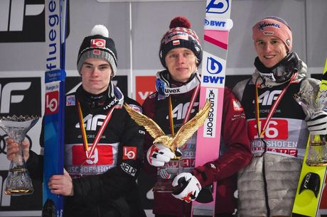 06.01.2020, Bischofshofen, Austria (AUT):Dawid Kubacki (POL), Karl Geiger (GER), Marius Lindvik (NOR) - FIS world cup ski jumping, four hills tournament, individual HS142, Bischofshofen (AUT). www.nordicfocus.com. © Tumashov/NordicFocus. Every downloade