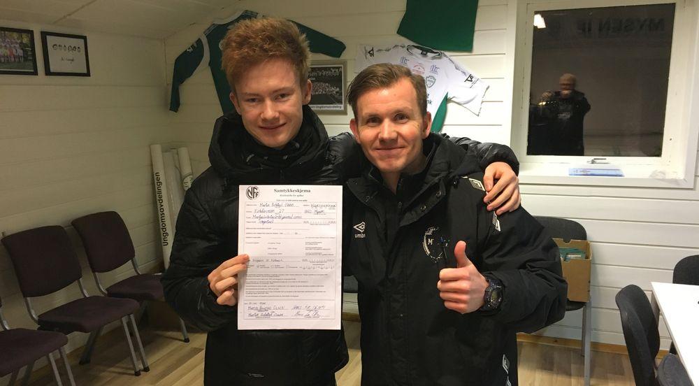 MartinBolstadOlsen_signering1