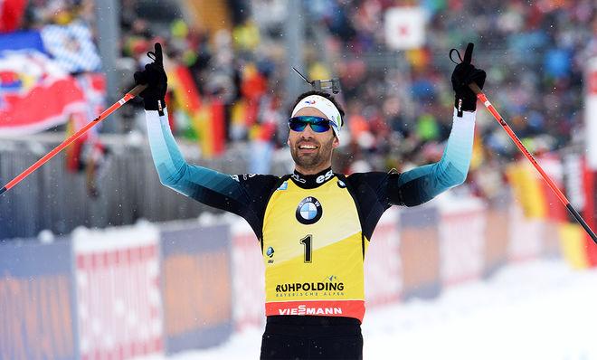 MARTIN FOURCADE jublar över sin suveräna seger på jaktstarten i Ruhpolding i Tyskland. Foto: NORDIC FOCUS
