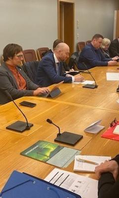 Møte med StortingetNNB3 (2)