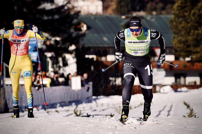 BRITTA JOHANSSON NORGREN spurtar ner Kari Vikhagen Gjeitnes och vinner Toblach-Cortina och hon får därmed också revansch från Marcialonga förra helgen. Foto: VISMA SKI CLASSICS