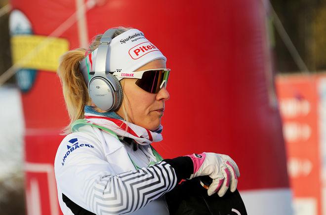 LISA VINSA har letat och letat efter formen i vinter. När hon väl hittade den i Lycksele så snuvades hon på segern av Moa Olsson som kom med en rökare av en finish. Foto/rights: KJELL-ERIK KRISTIANSEN/kekstock.com