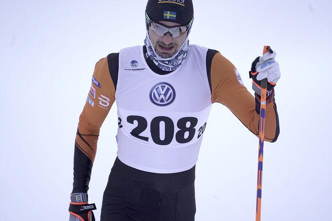 GILBERTO PANISI var nära att få släppa, men den långe italienaren i Falun-Borlänges färger kom tillbaka och vann minitouren i Lycksele. Foto/rights: TOM-WILLIAM LINDSTRÖM/kekstock.com