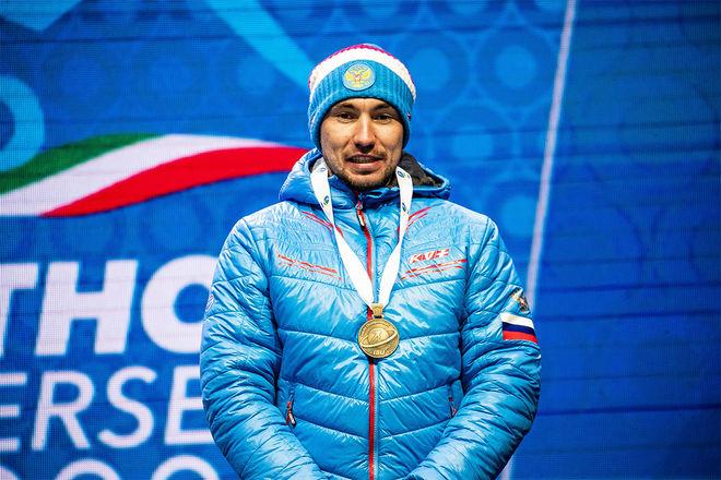 ALEXANDER LOGINOV vann VM-guldet i sprint i Antholz men gav inga intervjuer till media efteråt. Nu har den italienska polisen gjort en razzia på den tidigare dopingavstängde åkarens hotellrum. Foto: NORDIC FOCUS