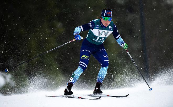 KRISTA PÄRMÄKOSKI hade en Ski Tour med mycket upp och ner. Men hon avslutade med en 2:a plats i jaktstarten. Hon är ett av Finlands största hopp på hemmaplan den kommande helgen. Foto: NORDIC FOCUS