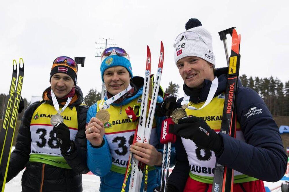 29.02.2020, Minsk-Raubichi, Belarus (BLR):Andrejs Rastorgujevs (LAT), Matvey Eliseev (RUS), Aleksander Fjeld Andersen (NOR), (l-r) - IBU Open European championships biathlon, sprint men, Minsk-Raubichi (BLR). www.nordicfocus.com. © Manzoni/NordicFocus.