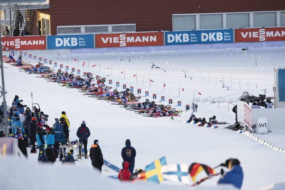 30.11.2019, Oestersund, Sweden, (SWE):Event Feature: The Field lies down for the first shooting - IBU world cup biathlon, single mixed relay, Oestersund (SWE). www.nordicfocus.com. © Manzoni/NordicFocus. Every downloaded picture is fee-liable.