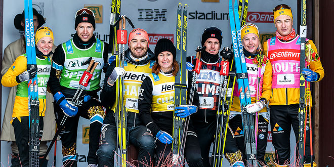 SEGRARNA I SKI CLASSICS 2020, fr v: Lina Korsgren och Stian Berg (sprint), Andreas Nygaard och Britta Johansson Norgren (totalt), Morten Eide Pedersen (bergatröjan), Ida Dahl och Max Novak (ungdom). Foto: MAGNUS ÖSTH