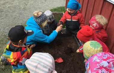 Illustrasjon opning av barnehage etter korona