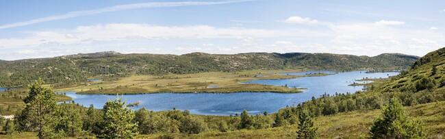 Fiskelandsvatn, Hekkfjell
