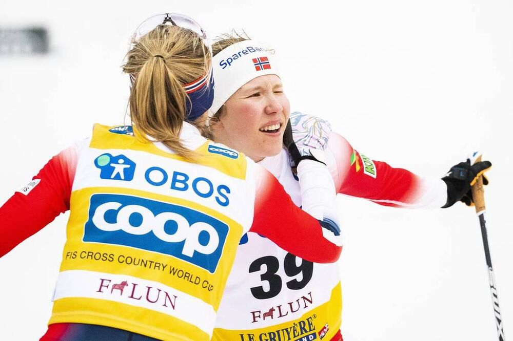 09.02.2020, Falun, Sweden (SWE):Therese Johaug (NOR), Helene Marie Fossesholm (NOR), (l-r)  - FIS world cup cross-country, 10km women, Falun (SWE). www.nordicfocus.com. © Modica/NordicFocus. Every downloaded picture is fee-liable.