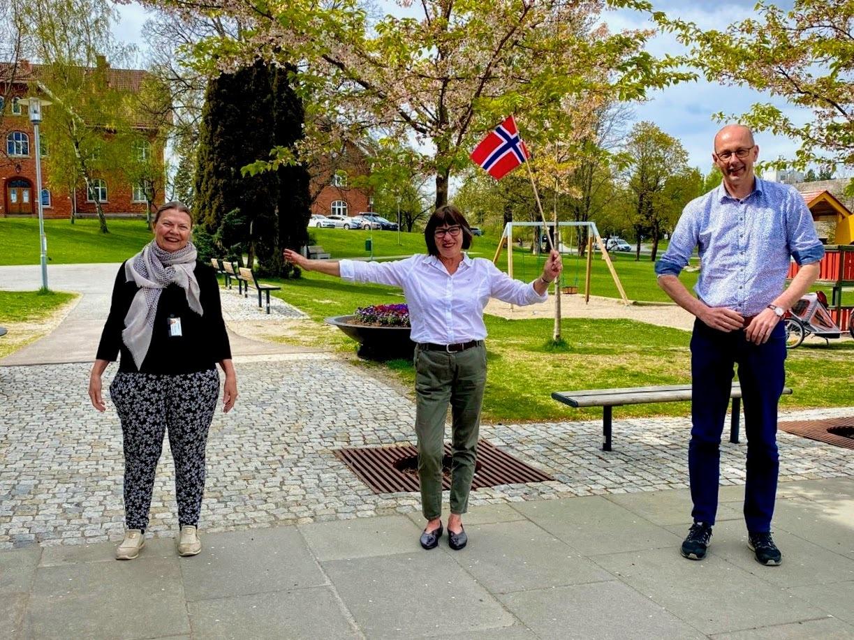 Kommuneoverlege Sidsel Storhaug, leder av 17. mai komiteen Tone Vik og ordfører Ola Nordal_Foto Lene Lilleheier_Ås kommune.jpg