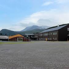 Storslett skole