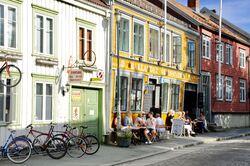 Noen av trehusene i bydelen Bakklandet. Foto: Torbjørn Vinje