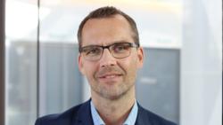 Nå er det viktig å opprettholde endringstempoet og samle innsikt, slik vi blant annet gjør i arbeidet med smittstoppappen, skriver Robert Nystuen, avdelingsdirektør for innovasjon og innsikt i Direktoratet for e-helse. Foto: Direktoratet for e-helse