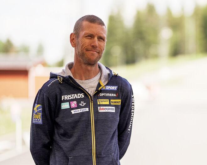 OLA RAVALD är ny tekniktränare för skidskyttelandslaget. Många tippade att han skulle ta över längdlandslaget då han bland annat tränar Linn Svahn. Foto: SVENSKA SKIDSKYTTEFÖRBUDET