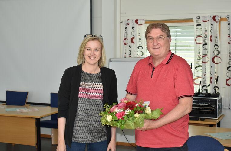 Reidar takkes av_blomst