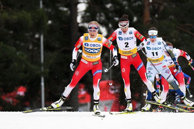 THERESE JOHAUG drar före Heidi Weng och Ebba Andersson vid världscupen på Lugnet i Falun senast. Foto/rights: ROLF ZETTERBERG/kekstock.com